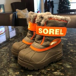 Other - Sorel toddler boots like new